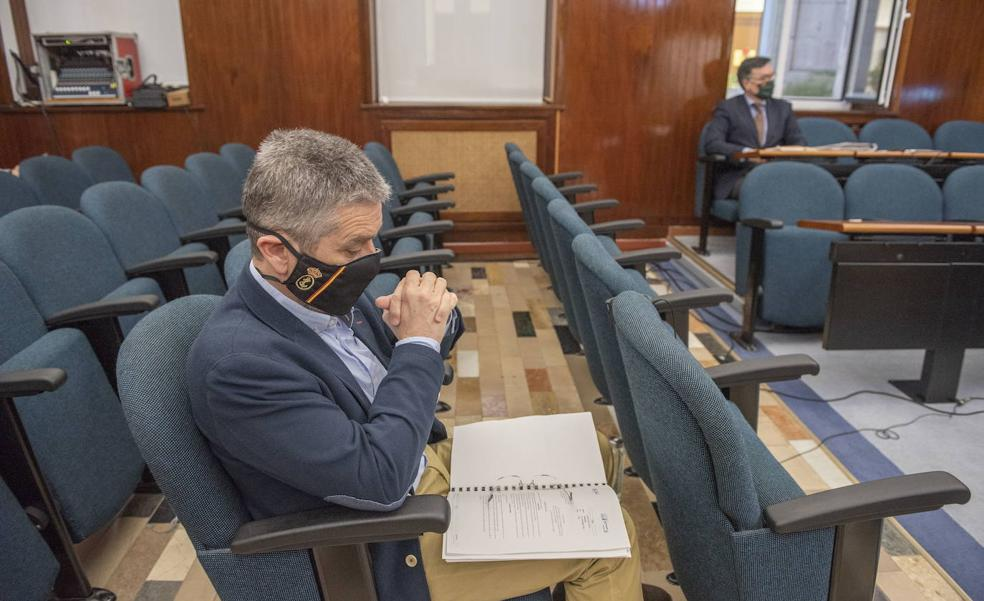 Ceruti se desmarca y ofrece a PSOE y PRC negociar las partidas del II Plan de Choque en las concejalías de Cs
