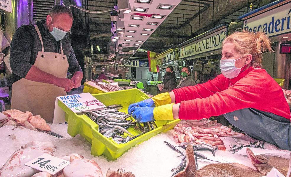 El bocarte se encarece hasta un 250% en el viaje de la lonja hasta la pescadería