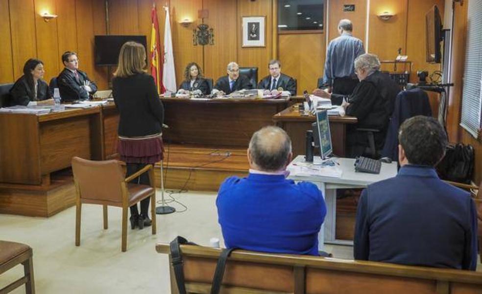 La Audiencia reabre una causa penal al expedáneo de Mioño, Víctor Echevarría