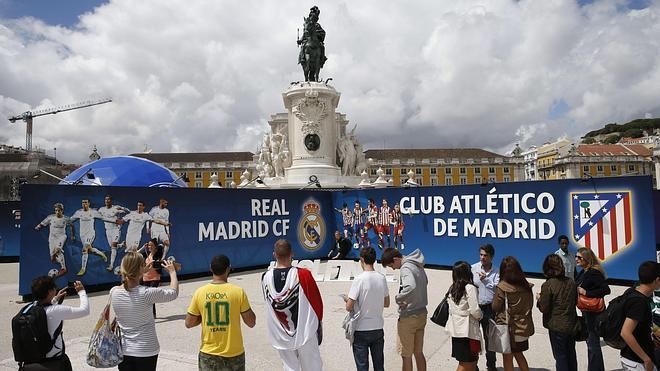 La UEFA afirma que los equipos tendrán 'fanzone'