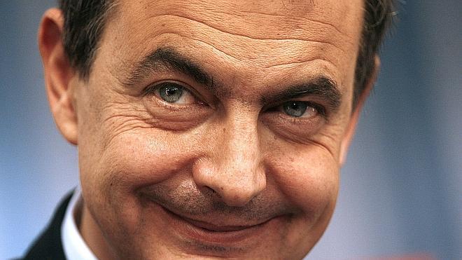 Zapatero ve «compatible» que Susana Díaz lidere el PSOE y presida la Junta