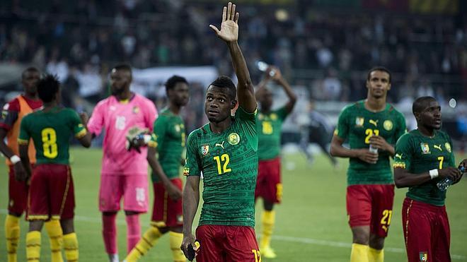 Camerún retrasa su viaje a Brasil por las primas