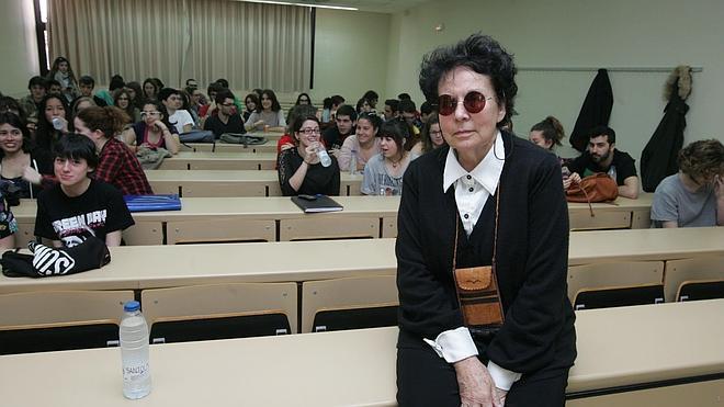 Lola Salvador gana el premio Nacional de Cine
