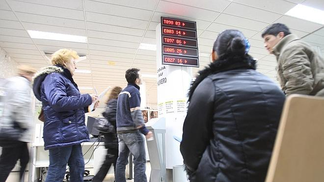 La OCDE prevé para España una tasa de paro del 23,9% a finales de 2015