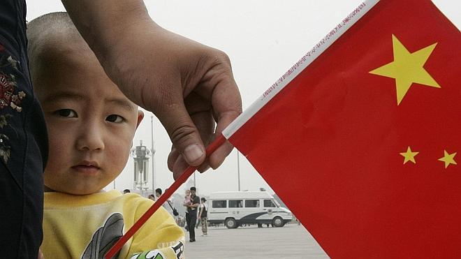 Pekín permite a 20.000 parejas tener dos hijos