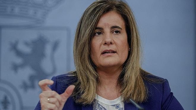 Báñez responde a la OCDE que ya han bajado las cotizaciones «de forma sustancial»