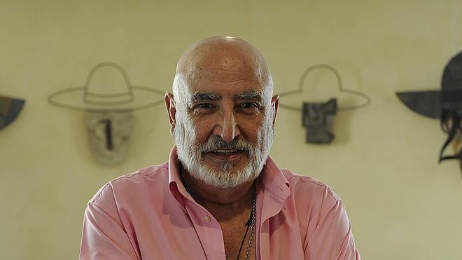 La familia de Peret denunciará los homenajes al artista por ser «para lucro personal»