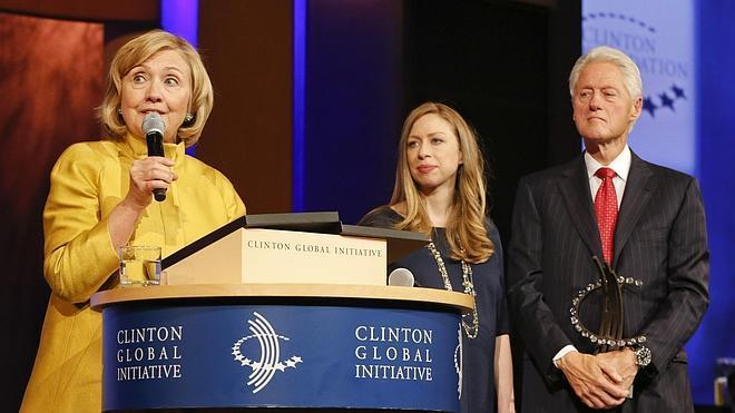 Bill y Hillary Clinton ya son abuelos