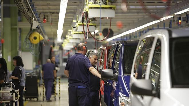La cifra de negocios de las empresas modera su crecimiento en agosto al 0,3%