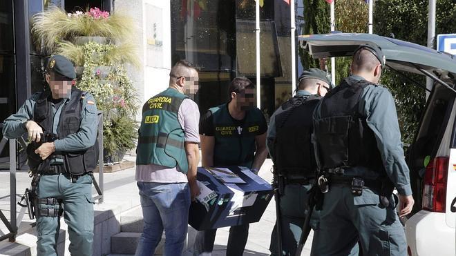 La Guardia Civil se incauta de 240.000 euros en efectivo en los registros de la 'Operación Púnica'