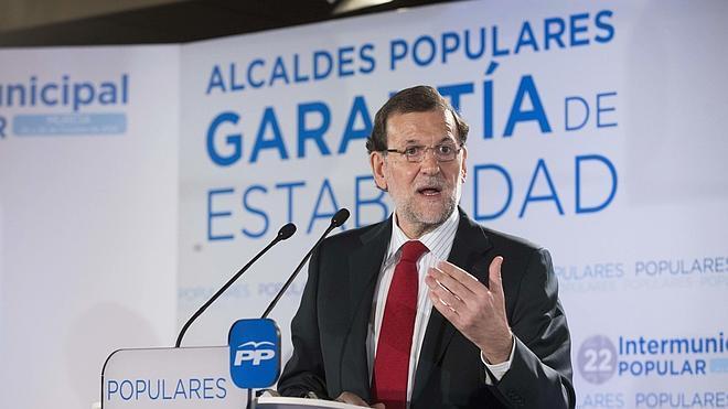 Morenés: «Rajoy está sufriendo extraordinariamente» con los escándalos de corrupción