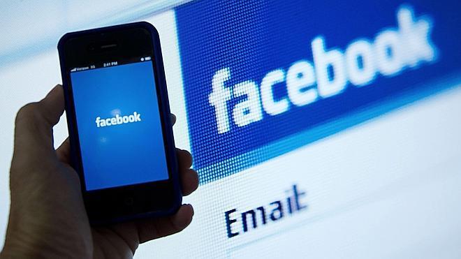 Los móviles aumentan los ingresos de Facebook