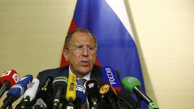 Lavrov: «Kiev amenaza con reanudar la guerra en el este de Ucrania»