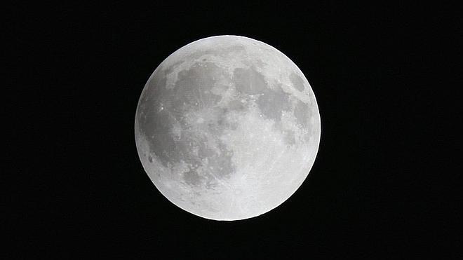La NASA descubre actividad volcánica en la Luna hace solo 50 millones de años