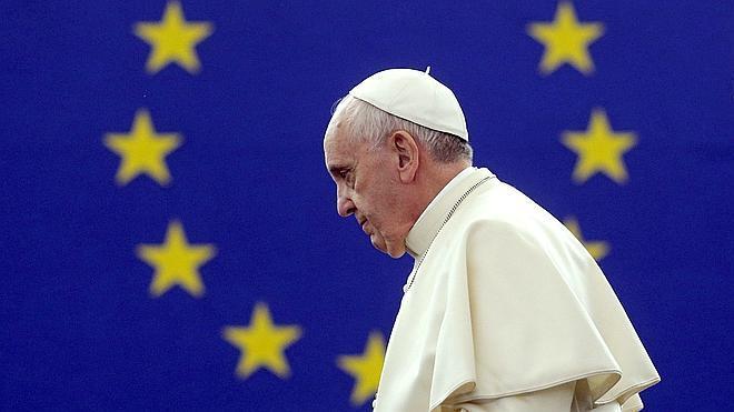 El Papa insta a una Europa «envejecida» a que redescubra su «alma buena»