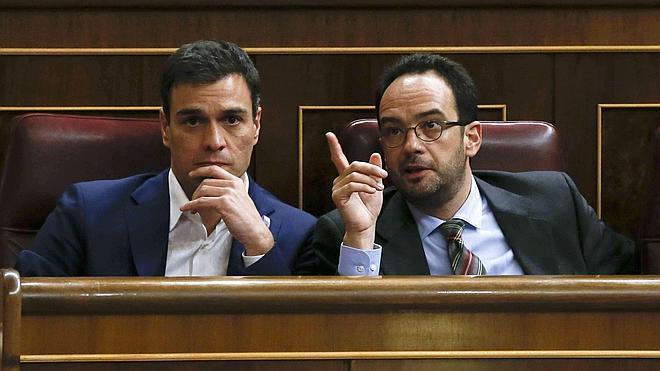 El PSOE cree que Rajoy no tendrá credibilidad sobre corrupción si no cesa a Mato