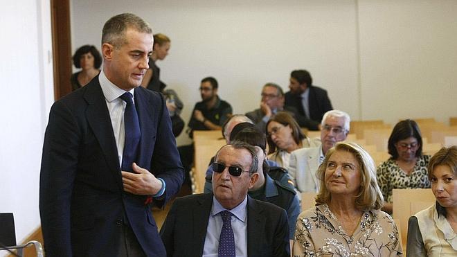 Procesados varios exdirigentes del PP valenciano por delito electoral