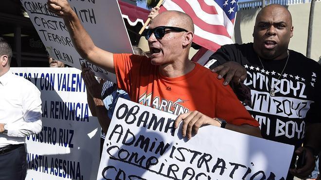 El exilio cubano clama contra Obama