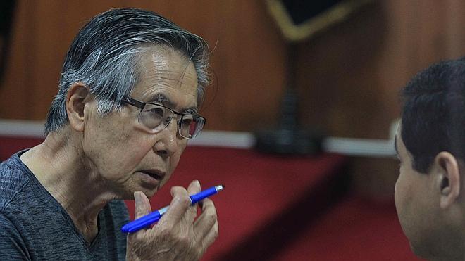 Fujimori, condenado a 8 años de prisión por desviar fondos públicos