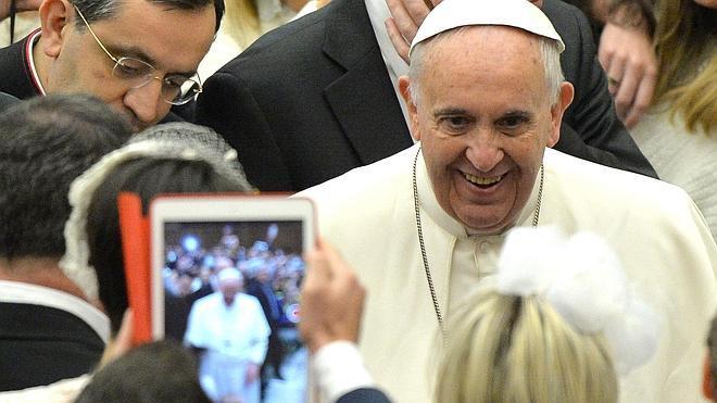 El Papa expresa su deseo de que los procesos eclesiásticos sean gratuitos