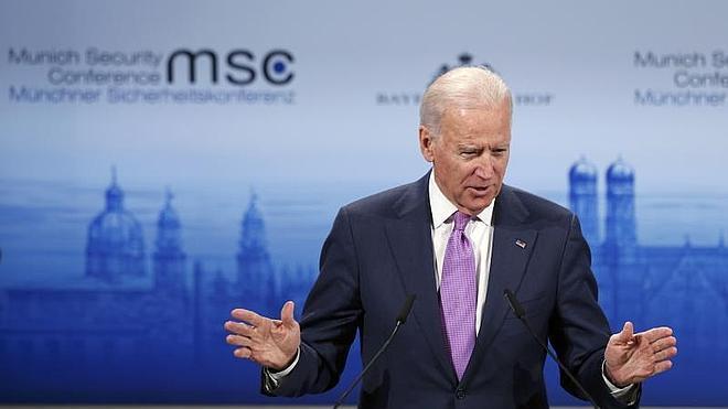Biden: Kiev tiene «derecho a defenderse» de Rusia