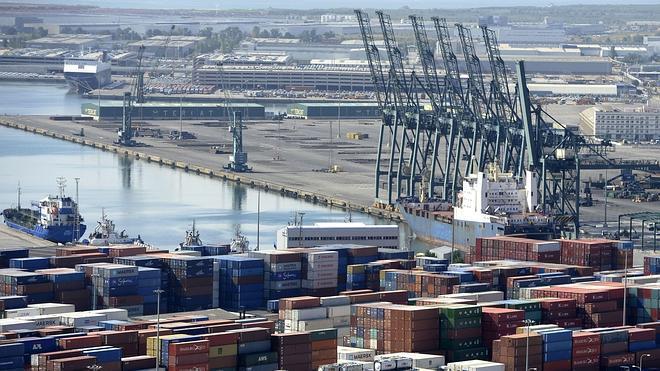 Un tercio de las empresas españolas exporta de forma regular
