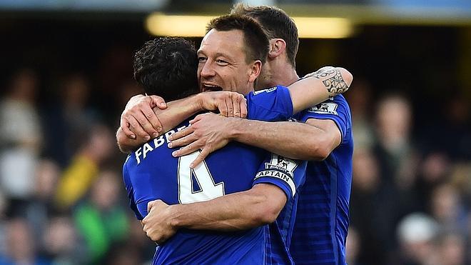 El Chelsea de Cesc se escapa en la tabla