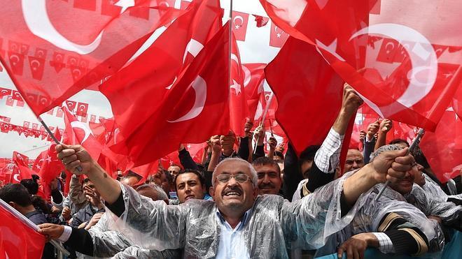 Las elecciones turcas, un pulso entre el Gobierno y la izquierda kurda