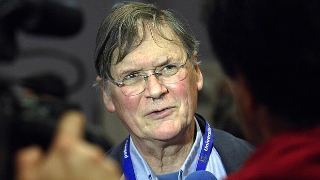 Dimite un Nobel británico por sus comentarios machistas sobre las mujeres en la ciencia