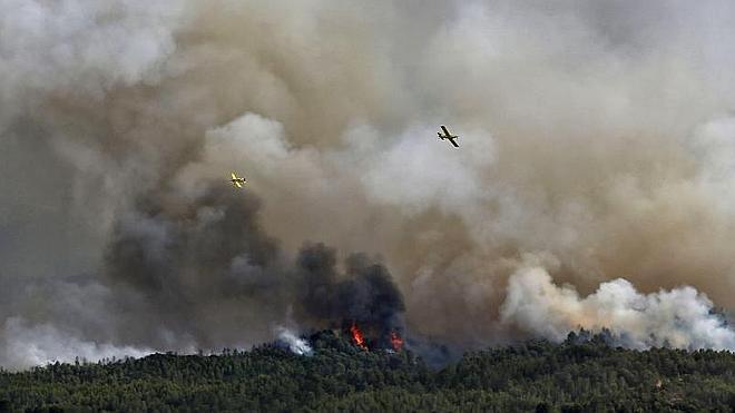 El incendio forestal en Barcelona arrasa ya más de 1.200 hectáreas