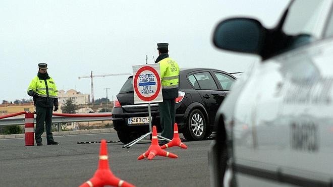 La Guardia Civil intensificará los controles de alcohol y drogas este fin de semana