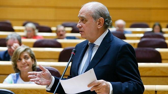 Fernández Díaz teme que entre los refugiados pueda haber yihadistas