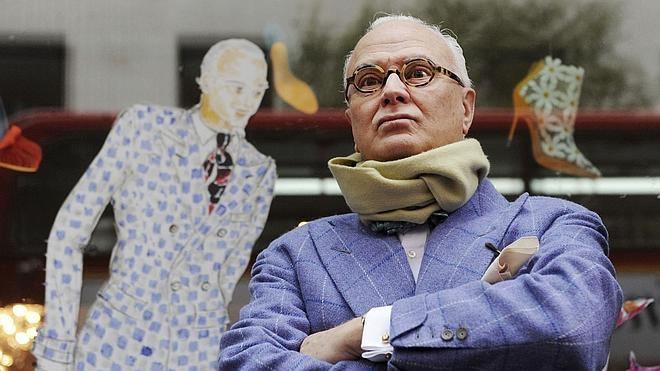 Manolo Blahnik, el mago del zapato de tacón, homenajeado en Nueva York