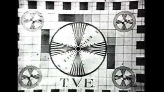 TVE comenzó a emitir el 28 de octubre de 1956, un día histórico... con misa televisada