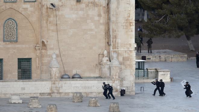La Explanada de las Mezquitas registra disturbios por segundo día consecutivo