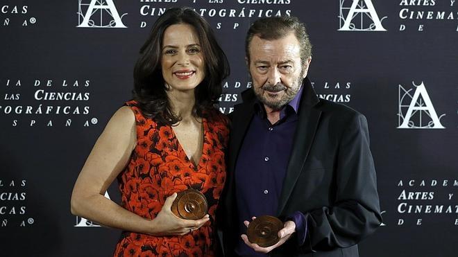 La Academia se rinde ante «el oficio» de Juan Diego y Aitana Sánchez-Gijón