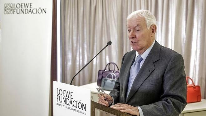 El cubano Rodríguez Núñez gana el Premio Internacional de Poesía Fundación Loewe