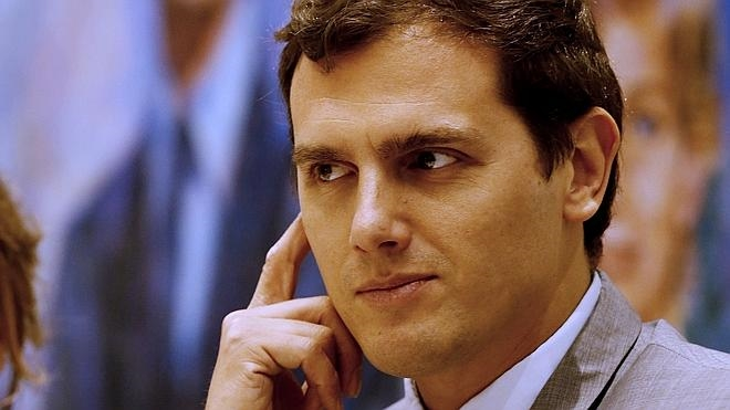 Rivera avisa al presidente de Murcia de que tendrá que dimitir si es imputado