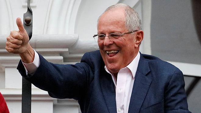 Kuczynski se encamina al triunfo en Perú con una mínima ventaja