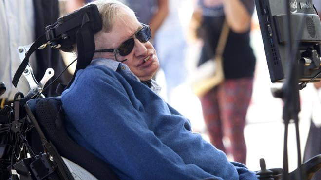 Michael Caine vs. Stephen Hawking, por el Brexit