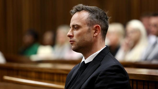 Pistorius, condenado a seis años de cárcel por matar a su novia