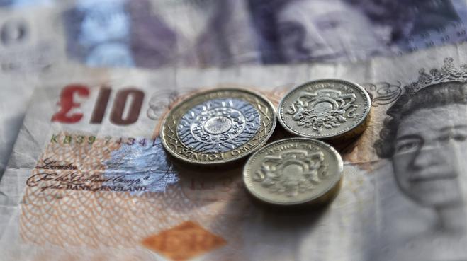La libra continúa al alza tras confirmarse que May sucederá a Cameron