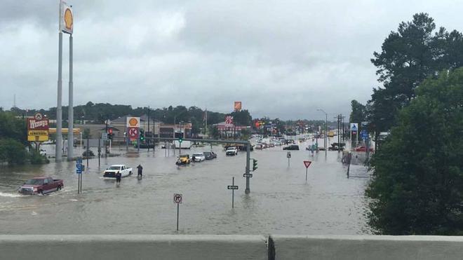 Las inundaciones en Luisiana obligan a evacuar a 20.000 personas