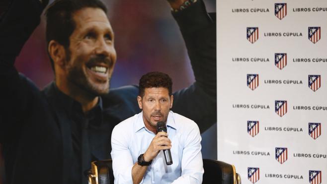 Simeone: «Griezmann está destinado a estar con Messi y Cristiano»