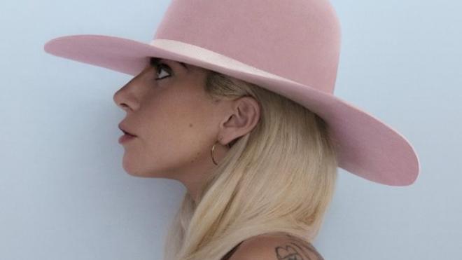 Lady Gaga publicará el 21 de octubre su nuevo disco, 'Joanne'