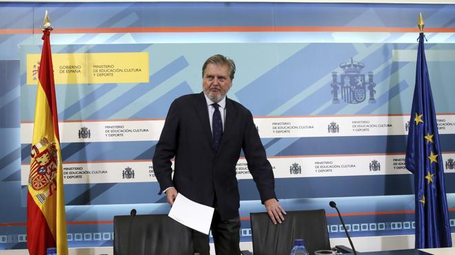 Púnica salpica al equipo del ministro Méndez de Vigo