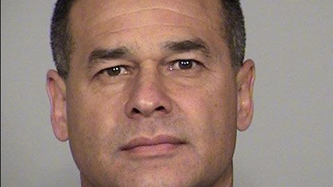 Muere un policía tras ser tiroteado en su coche patrulla en San Antonio
