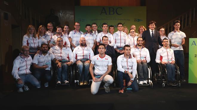 Homenaje a los medallistas de Río en la sede de ABC
