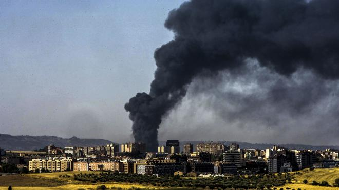 El Parlamento Europeo investigará el incendio de una planta ilegal de reciclaje de Guadalajara