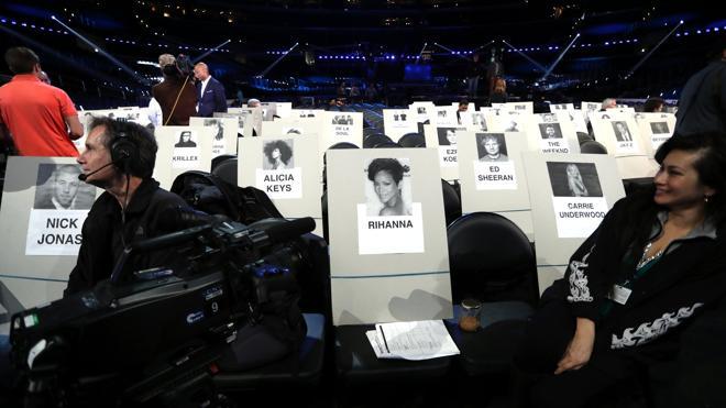 Batalla de divas y quizás también política en los Grammy